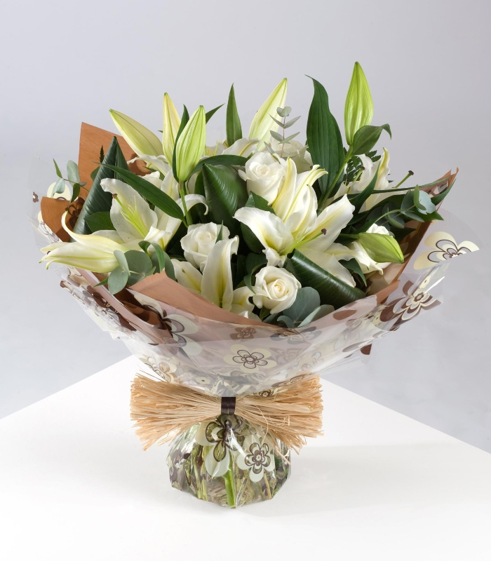 Cream Rose And Lily Hand Tie Buy Online Or Call 02844 616 160